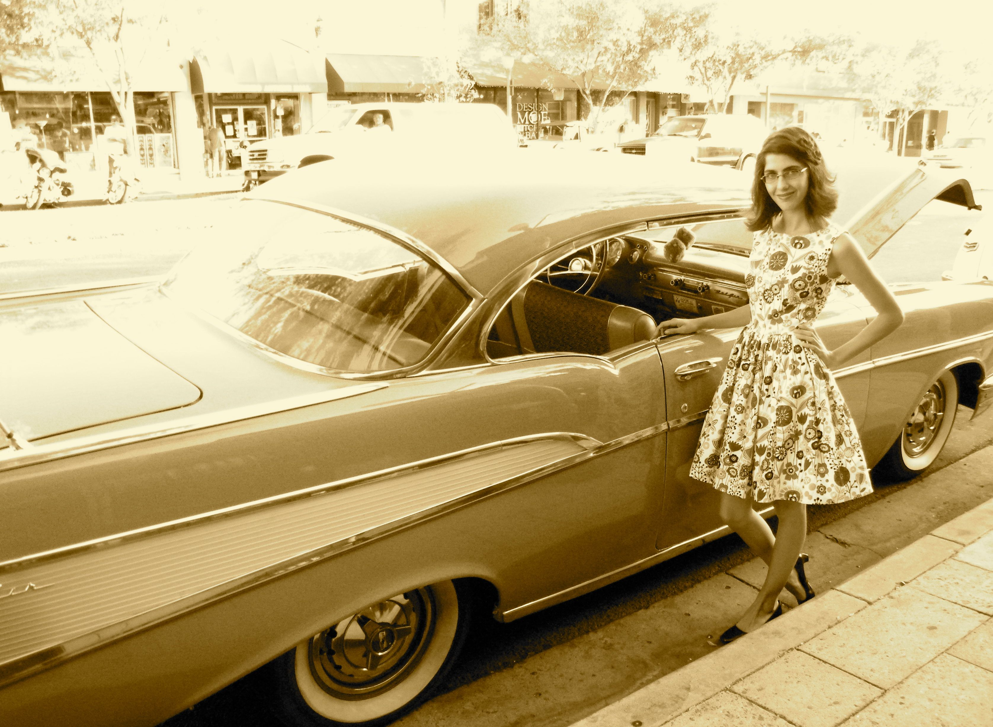 FallForCotton – A Vintage Dress and a Classic Car Show… | Sew Exhausted